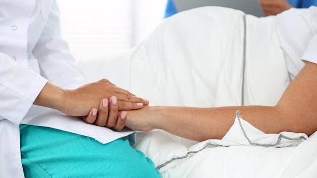 Doktor hamil alami keguguran ketika bedah pesakit tetap teruskan kerjanya dipuji netizen