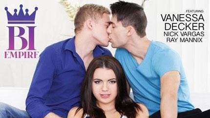 Vanessa Decker, Nick Vargas & Ray Mannix – Bi College Experience