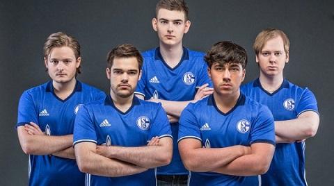 Đội hình của Schalke 04