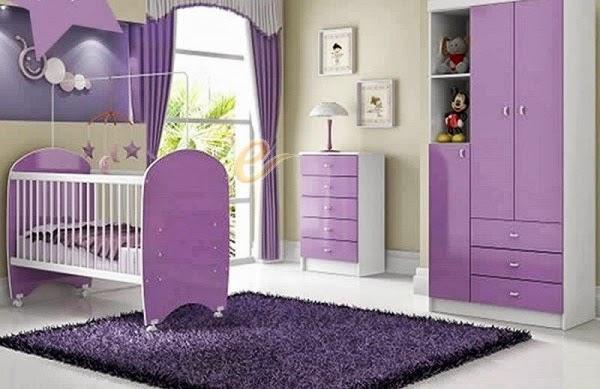 cuarto de bebé blanco lila