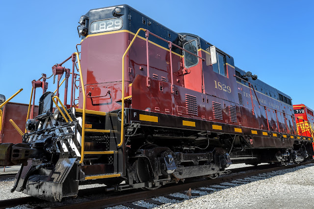 Tennessee Valley Railroad EMD GP-7 1829