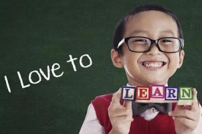 Mengajarkan dua bahasa secara bersamaan justru lebih efektif bagi anak maupun orangtua