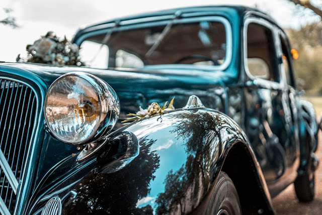 vintage car ideas for a wedding