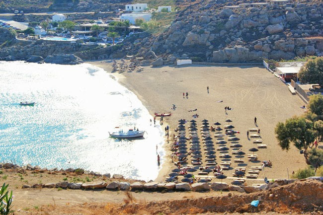 Super Paradise beach, most popular Mykonos beach