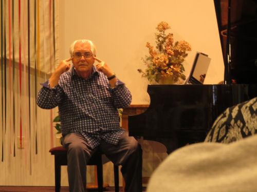 Don Wyrtzen in concert