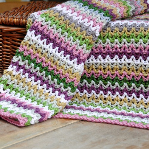 V Stitch Blanket - Free Pattern