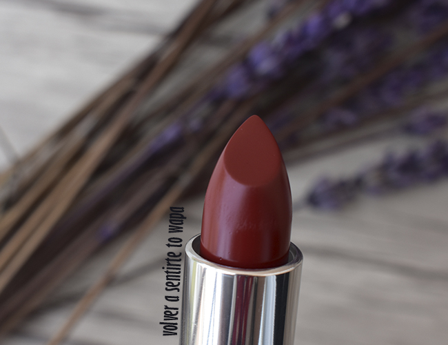 Labial Color Sensational de Maybelline 975 Divine Wine Matte