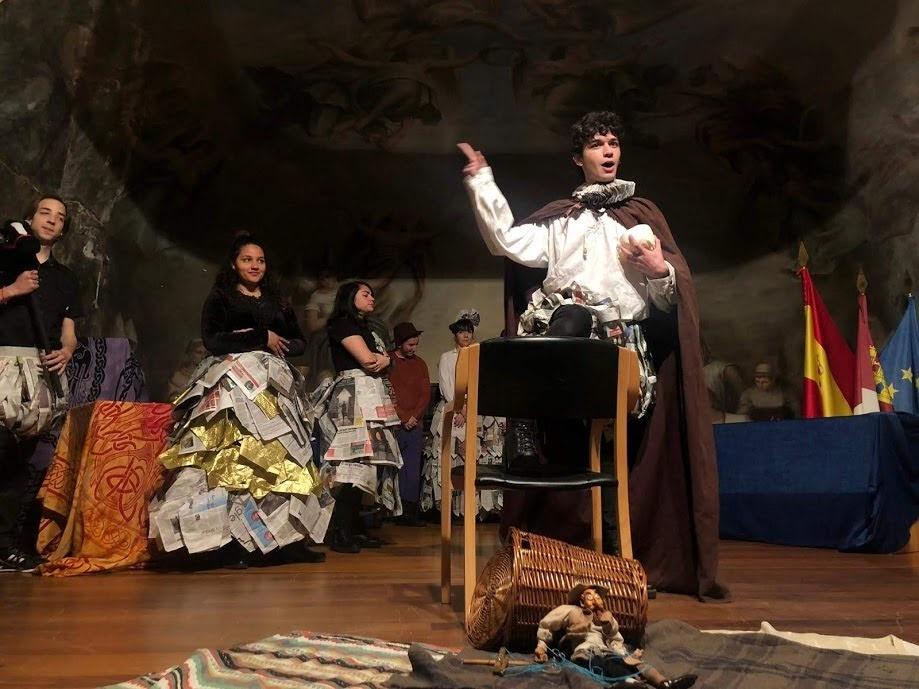 Resumen fotográfico de la III Muestra de Teatro Escolar Princesa Galiana