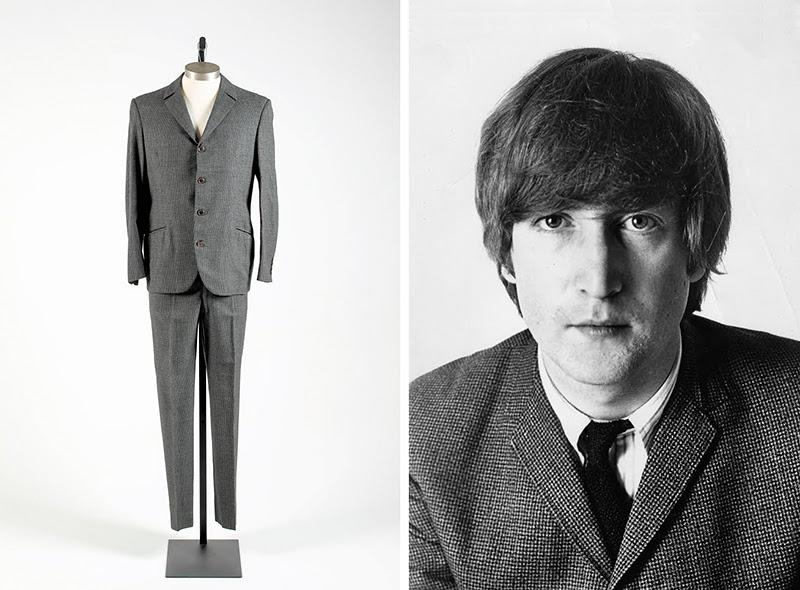 Un costume porté par John Lennon mis aux enchères