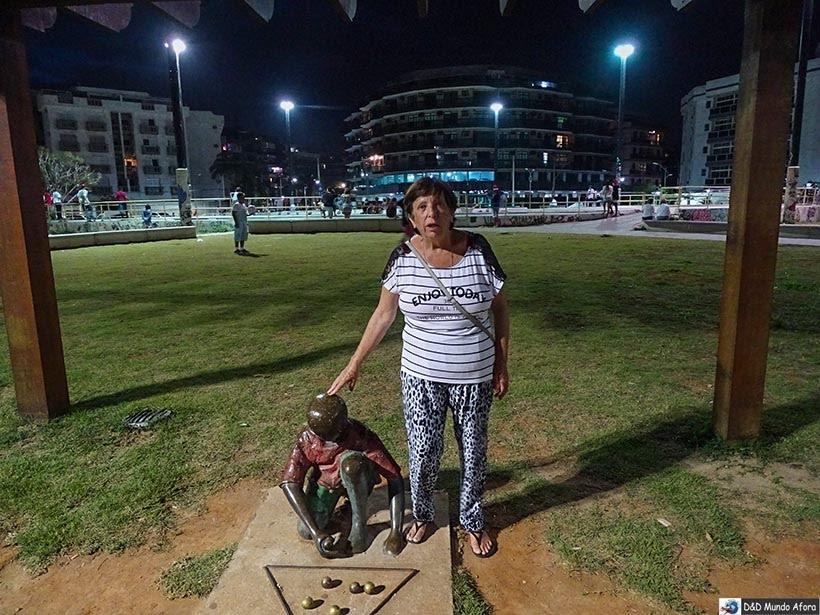 O que fazer em Cabo Frio à noite - Praça de Cabo Frio