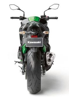 Kawasaki-Z800-Rear-view-image