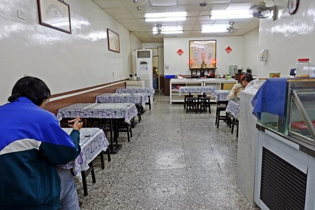 素食主義、素食紅燒麵、滷味、小火鍋~土城延吉街素食