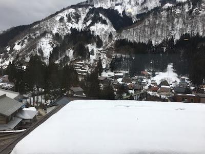 五箇山荘 部屋の窓からの眺め