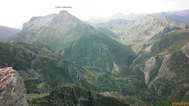 Ruta al Mirador de Ordiales y al Pico Cotalba. Picos de Europa