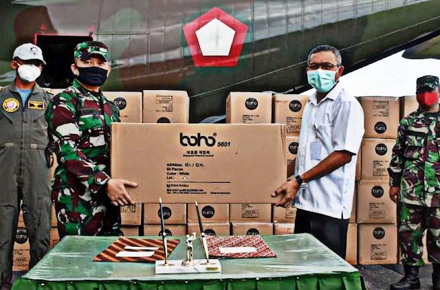 Tri Sugiarto Serahkan 2,200 APD Bantuan ke Gugus Tugas Penanggulangan COVID-19 di Maluku Utara