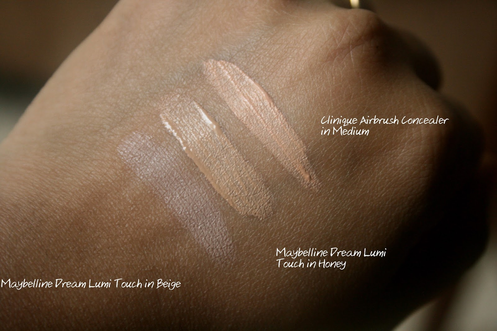 Touch Base For Eyes by Clinique #18