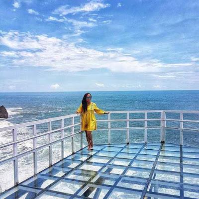 Lokasi Jembatan Kaca Pantai Nguluran Gunung Kidul Jogjakarta