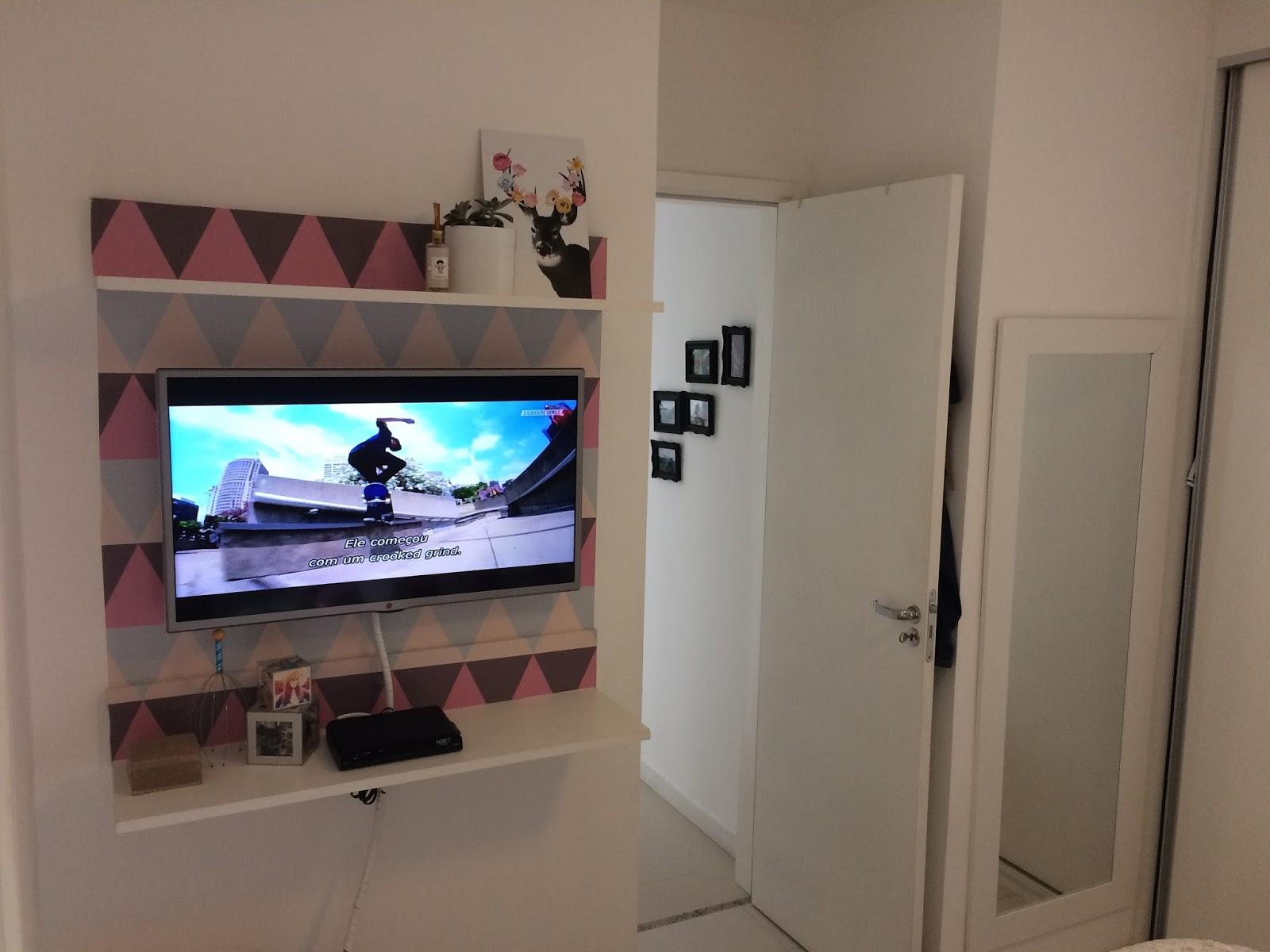 Painel Parede Decorao Inspirao Painel De Tv Com Papel De Parede  -> Adesivo Decorativo Na Parede De Tv