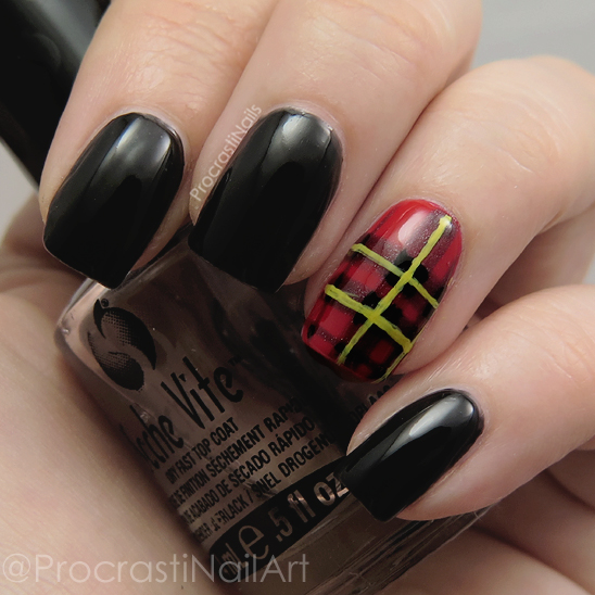Nail art featuring the Brodie Tartan