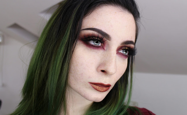 abh modern renaissance grunge makeup look anastasia beverly hills alternative girl
