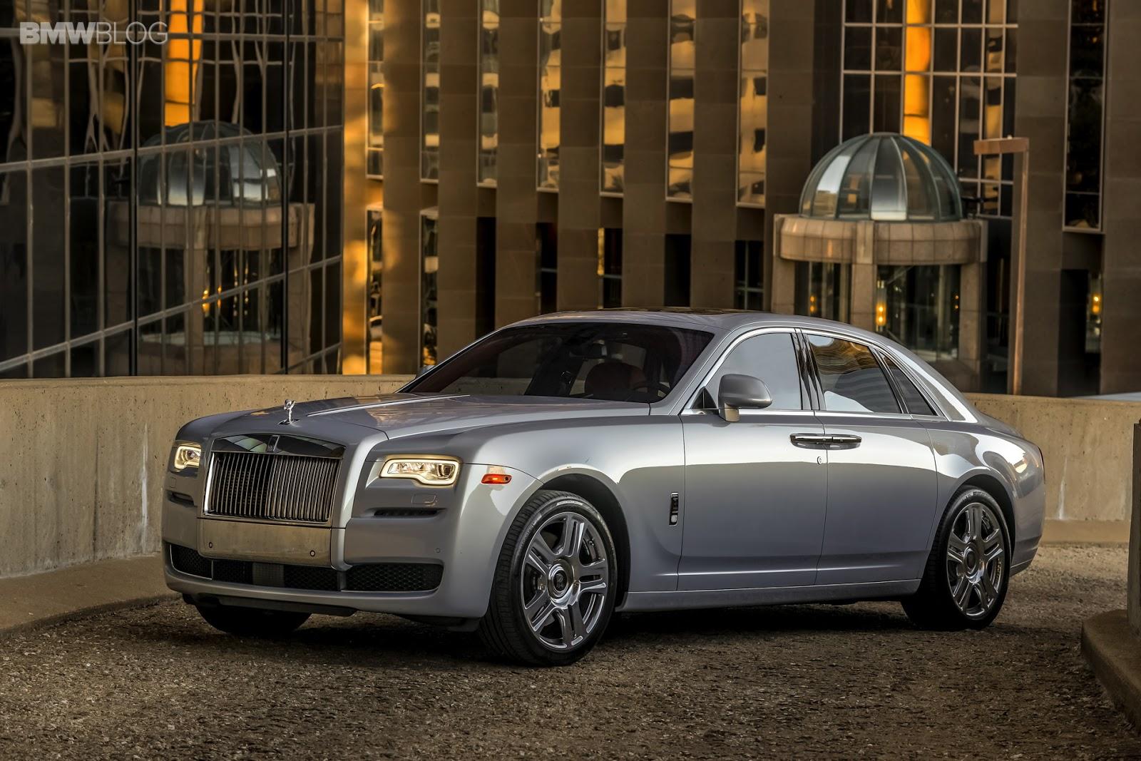 The World's 10 Best Luxury Cars - Universal Science Compendium