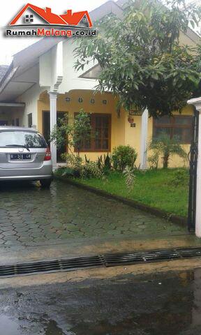 Dijual murah villa daerah Batu Malang