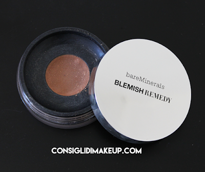 Review: Fondotinta Blemish Remedy - BareMinerals