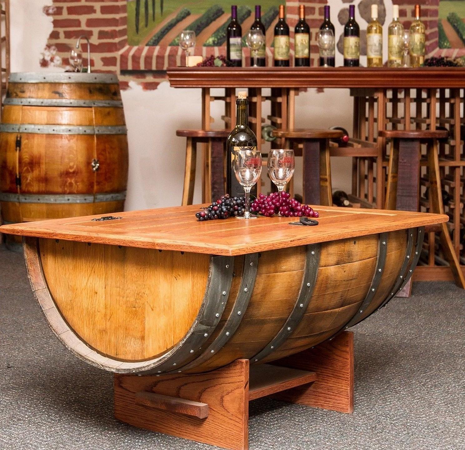 homme tout faire b nisterie table caf avec baril de vin. Black Bedroom Furniture Sets. Home Design Ideas