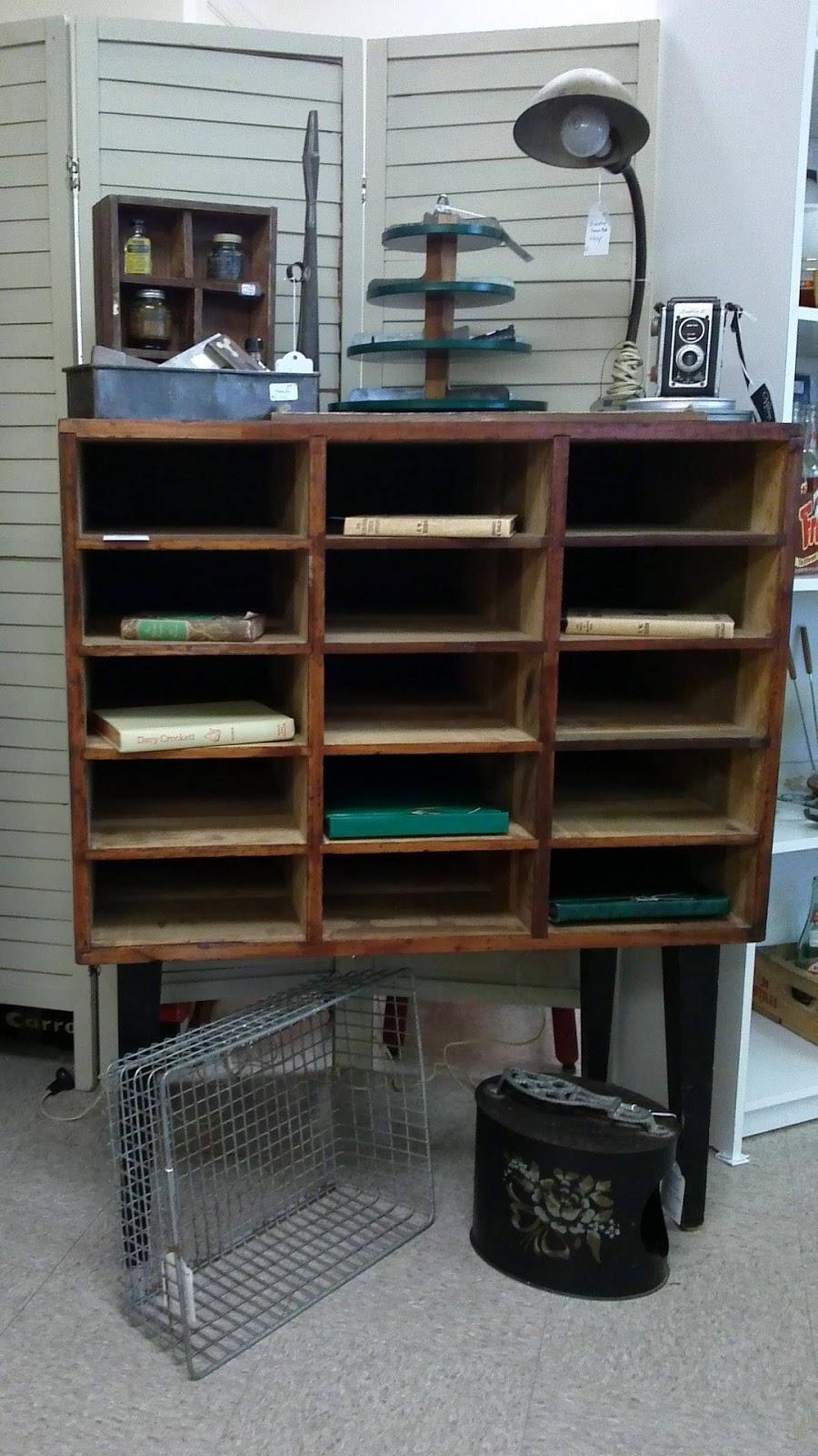 bella rosa antiques let 39 s talk vintage 107 new link. Black Bedroom Furniture Sets. Home Design Ideas