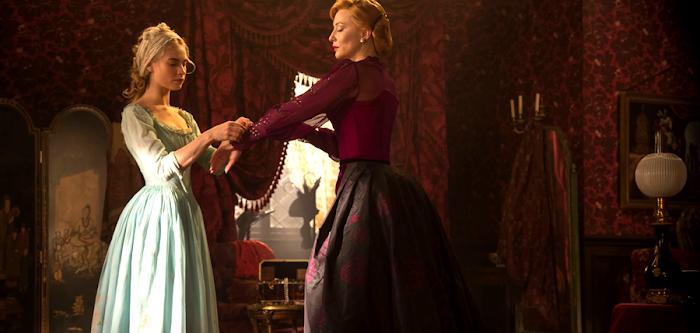Lily James şi Cate Blanchet în filmul Cinderella