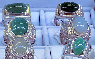 fine jade cabochon rings at Bogyoke Market Yangon