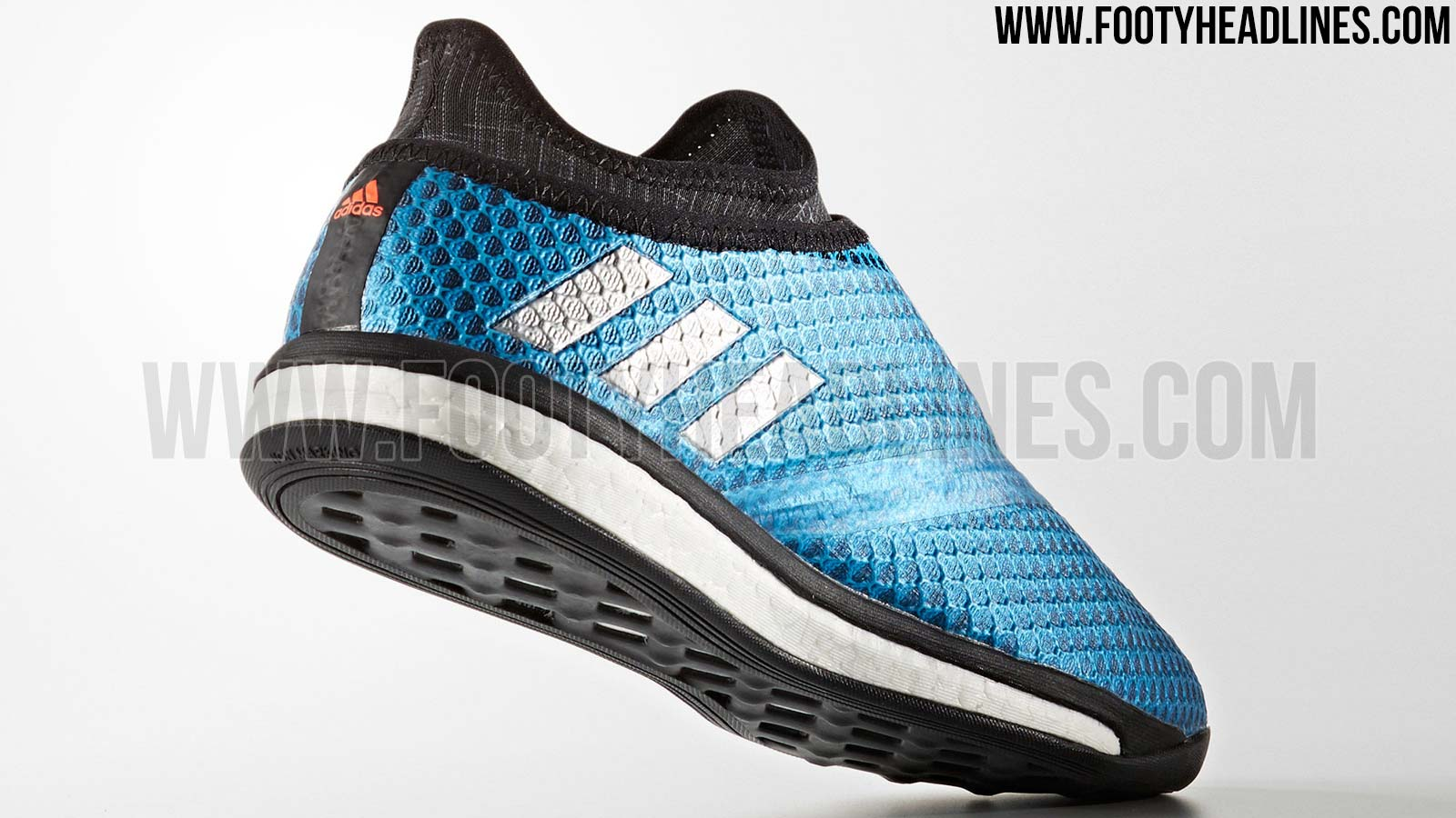 88f5bda39 Adidas Messi 16+ PureAgility Street - Shock Blue / Matte Silver / Black