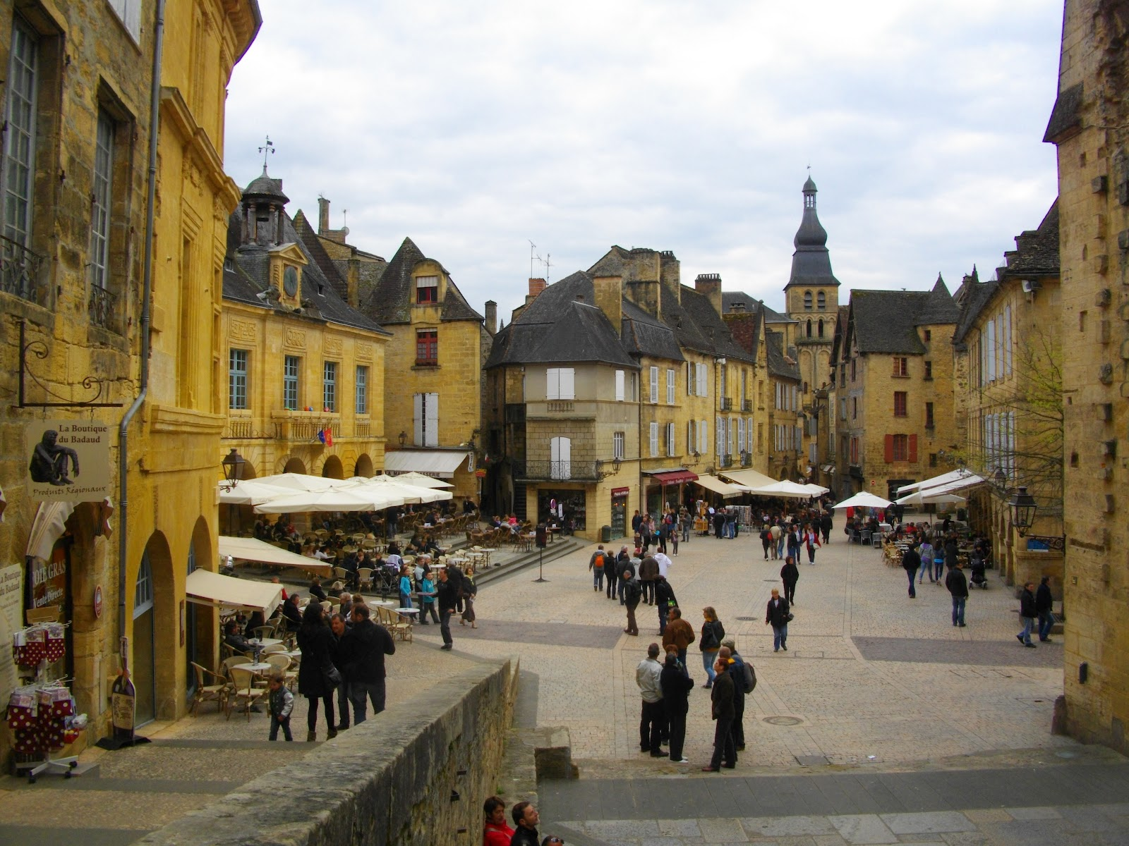 Trip to SarlatlaCanda France  part 2  Life in Luxembourg