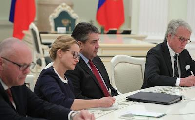 Sigmar Gabriel, diplomats.