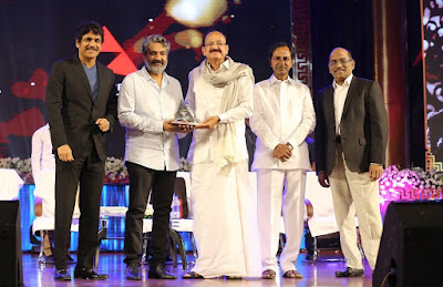 Venkaiah Naidu presents ANR National Award to SS Rajamouli