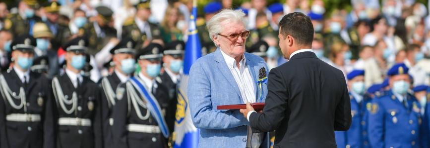 Зеленський вручив високі державні нагороди