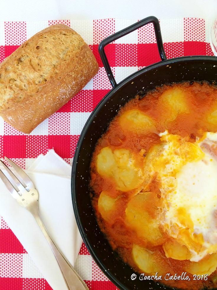 patatas-tomate-pan