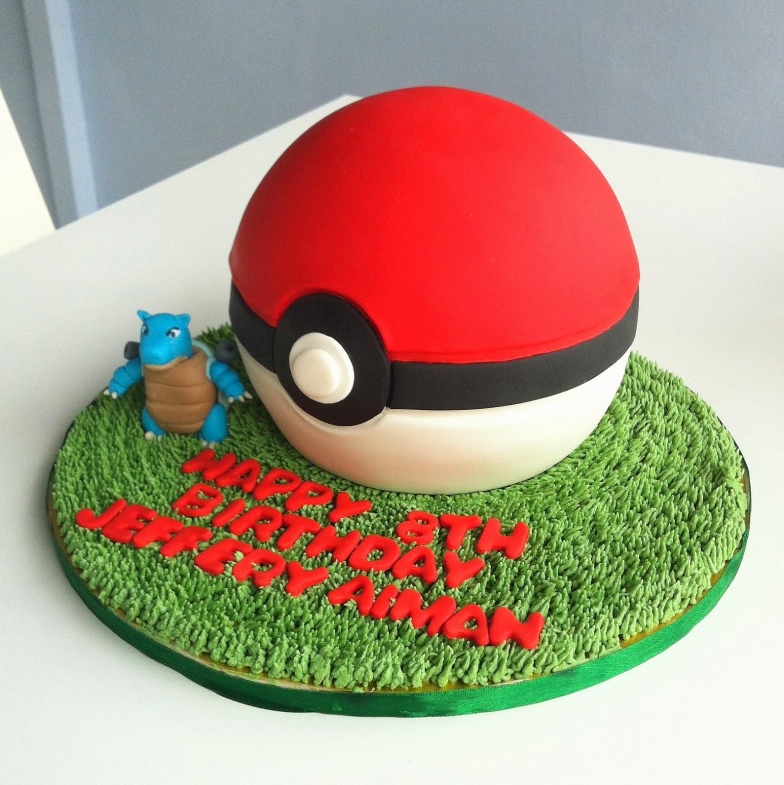Cake Pokeball Cake Ideas And Designs