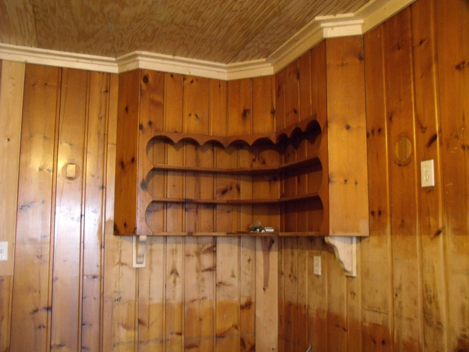 Corbels In Kitchen Cabinets