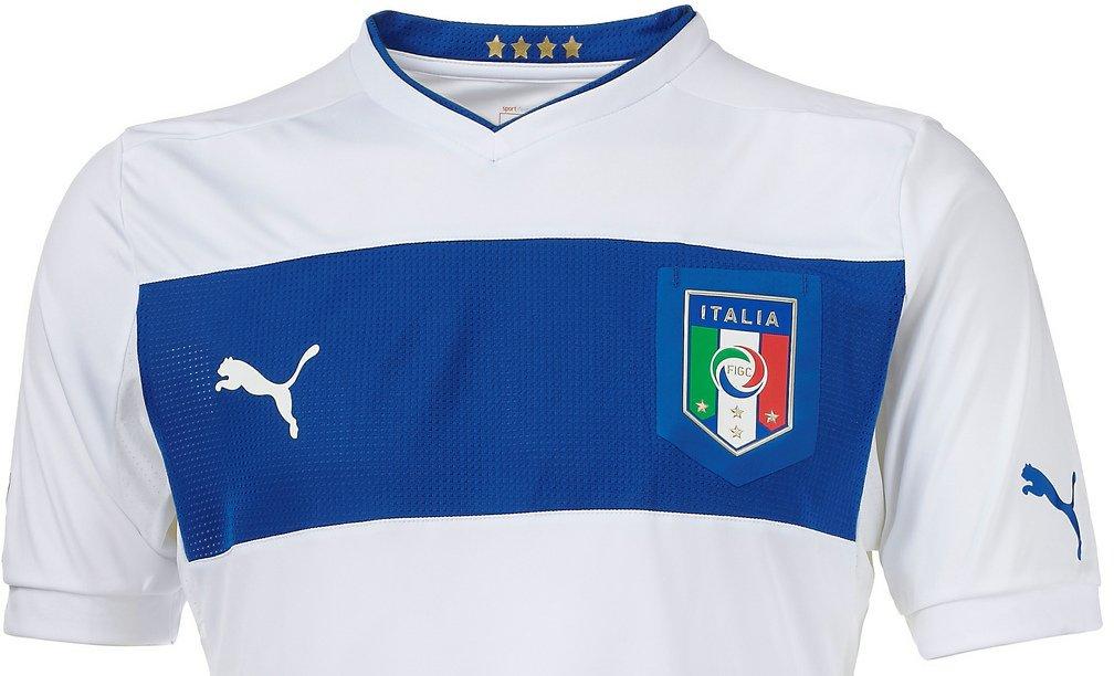 Puma lança os uniformes da Itália 29695b6f8db44