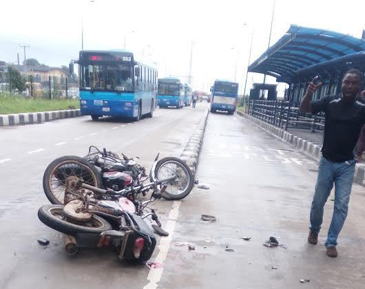 Very graphic: Two bikes collide at ghastly accident in Ikorodu