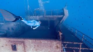 Εντυπωσιακά πλάνα από ένα απ' τα μεγαλύτερα ναυάγια του κόσμου! (vid)