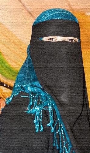 un tè alla menta: Abbigliamento nel mondo arabo tra