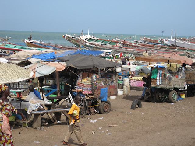 IMG_2954 ▷ Llegada de Pescadores al Puerto de Mbour