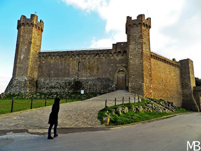 Castello di Montalcino Toscana on the road