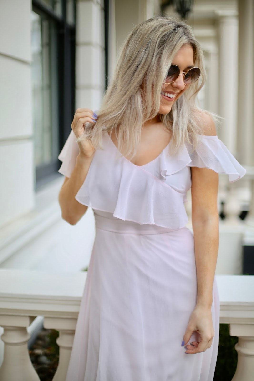93a5ddfefc2 Emtalks  Styling Tips For A Wedding Guest - What To Wear To A Wedding