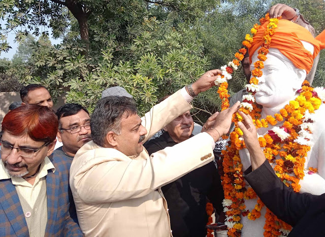 Religious and social organization Faridabad celebrated Madan Mohan Malviya's birthday