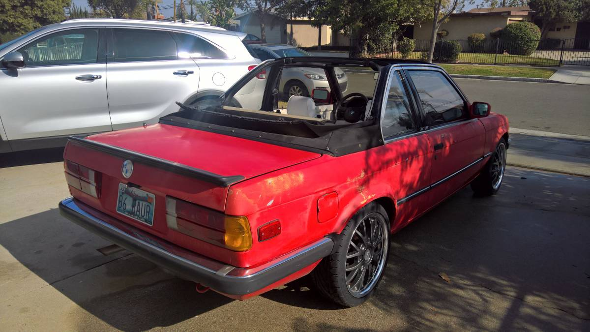 hight resolution of rare 1986 e30 bmw 325e baur tc2 5spd 2 7ltr inline 6 it was built for the european market by baur coach builders in germany it s a grey market vehicle