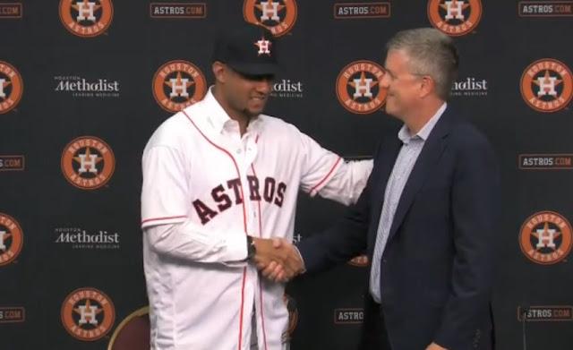 Presentado Yulieski Gurriel oficialmente por los Astros de Houston