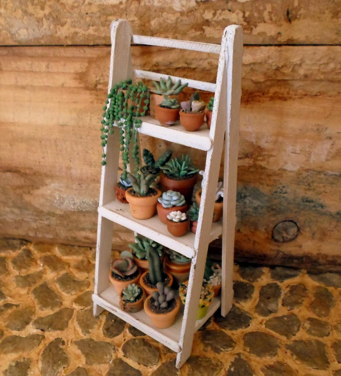Las margaritas escalera estante de madera para mis for Muebles para plantas